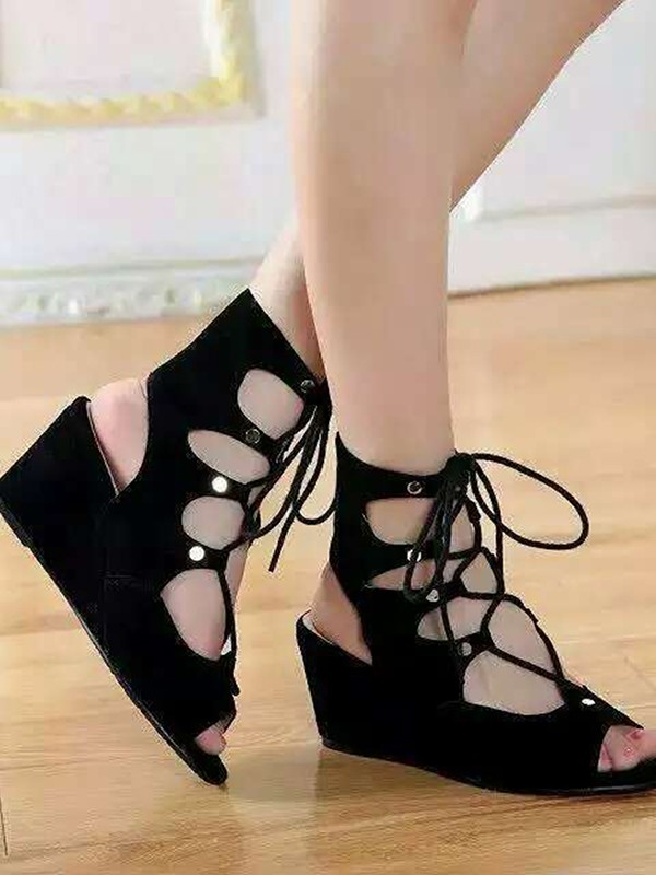 Bonnyin Black Suede Pierced Wedges Low to help Sandals Boots