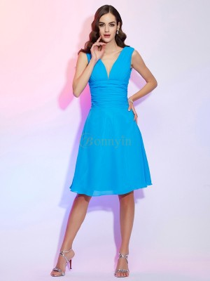 Blue Chiffon V-neck A-Line/Princess Knee-Length Dresses