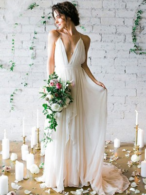 White Chiffon Spaghetti Straps A-Line/Princess Sweep/Brush Train Wedding Dresses