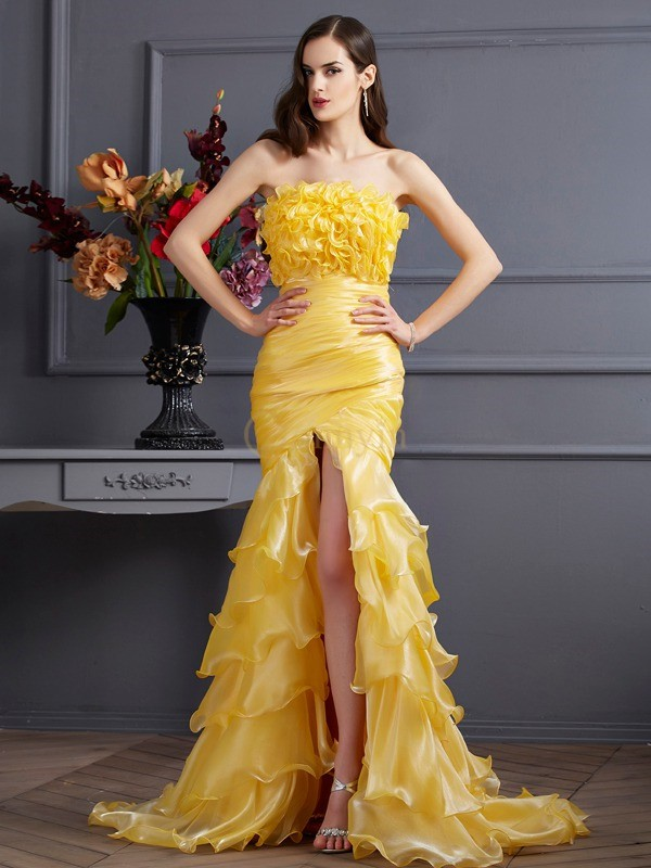 Yellow Tulle Strapless Trumpet/Mermaid Sweep/Brush Train Dresses