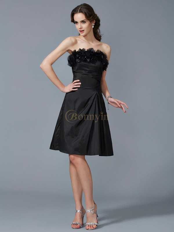 Black Taffeta Strapless Sheath/Column Knee-Length Dresses