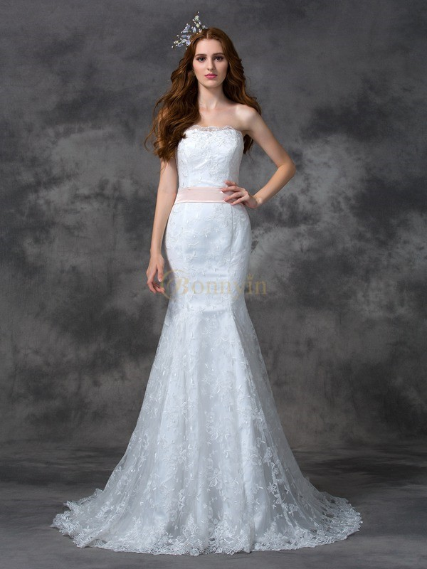 White Lace Strapless Trumpet/Mermaid Court Train Wedding Dresses