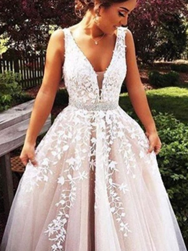 Ivory Tulle V-Neck A-Line/Princess Sweep/Brush Train Prom Dresses