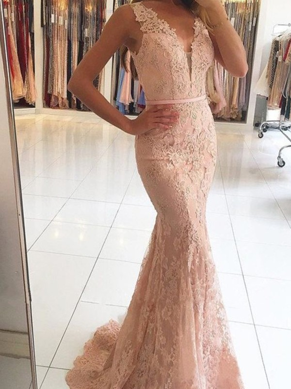Pearl Pink Lace V-neck Trumpet/Mermaid Sweep/Brush Train Dresses