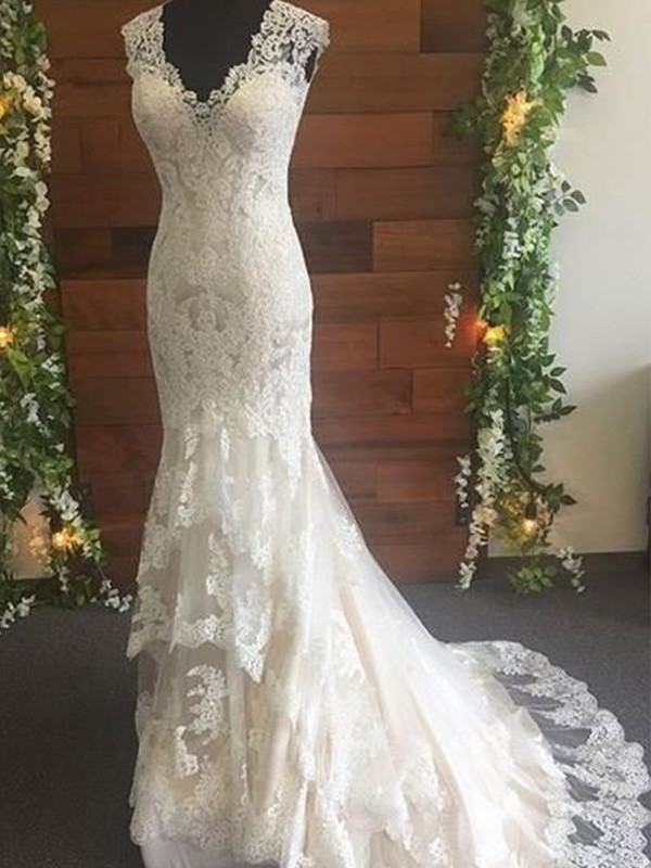 Ivory Tulle V-neck Trumpet/Mermaid Sweep/Brush Train Wedding Dresses