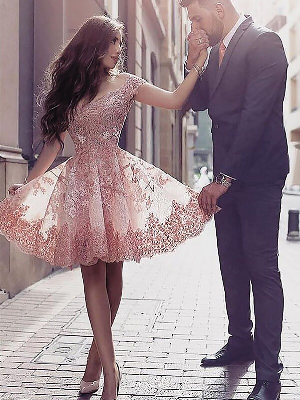 Pearl Pink Tulle Scoop A-line/Princess Short/Mini Homecoming Dresses